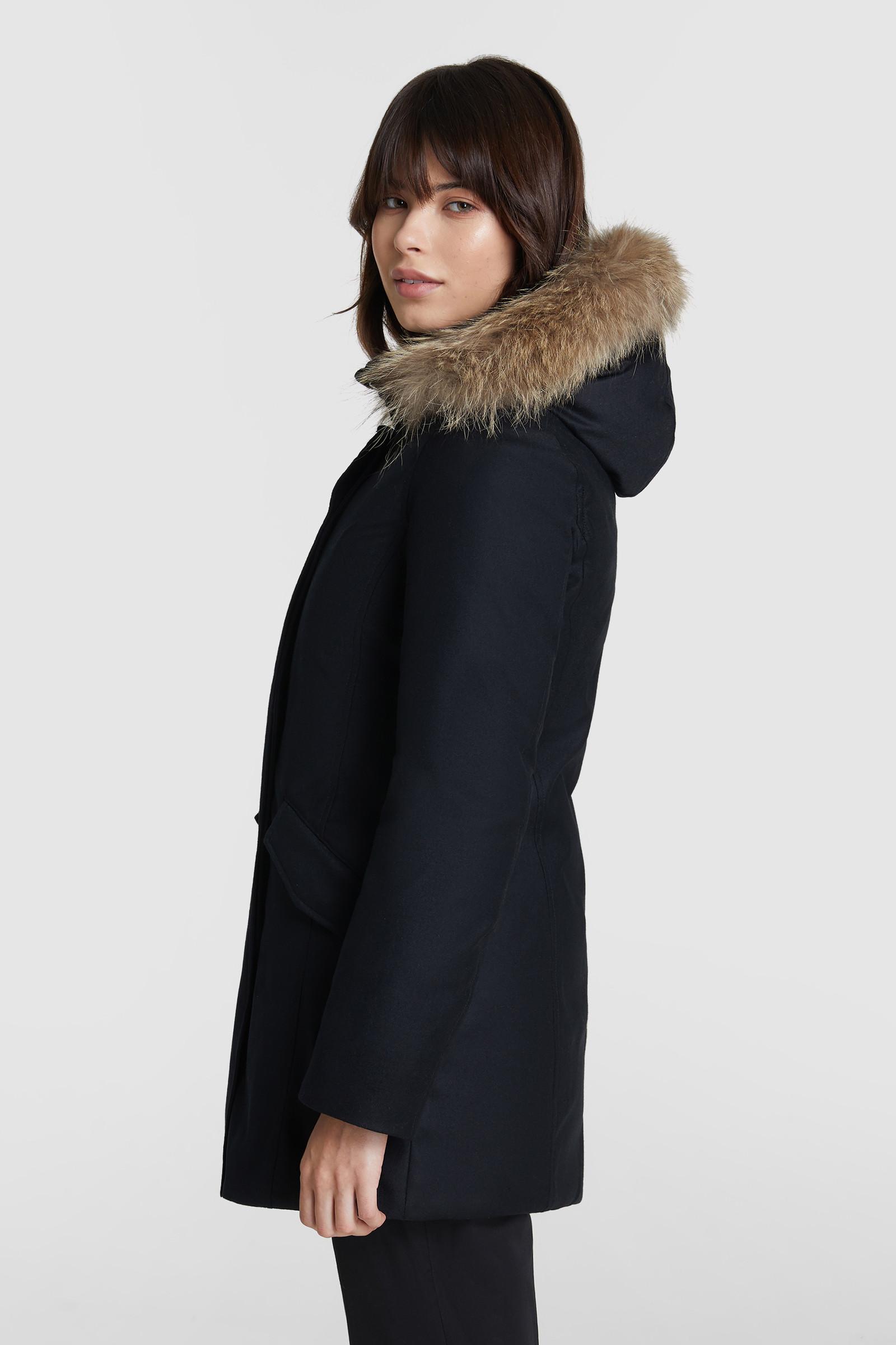 Arctic Parka luxe in lana pregiata, pelliccia coyote