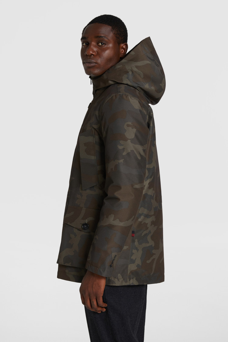 GORE-TEX Camouflage Storm Parka