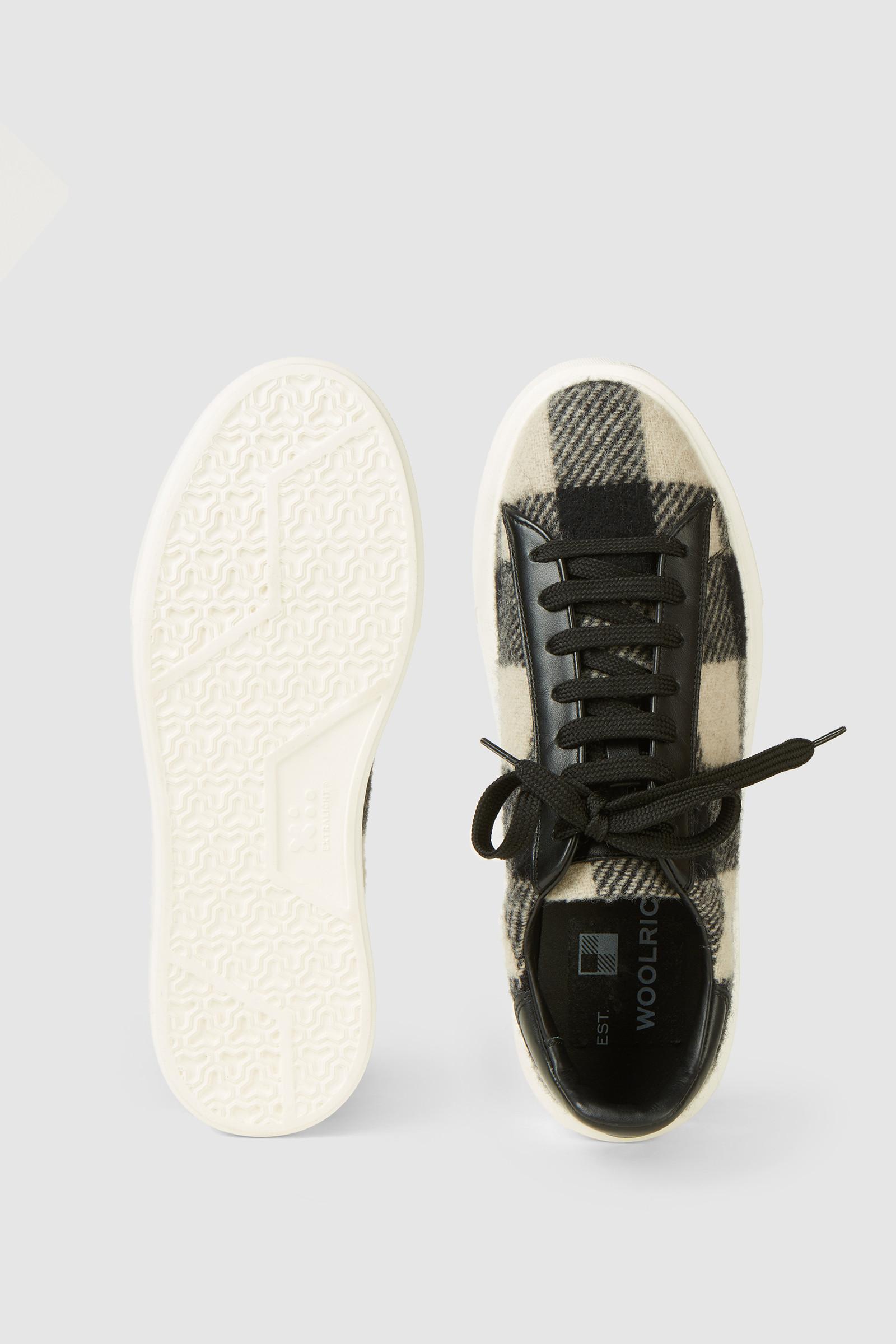 Sneaker All Around con disegno Check